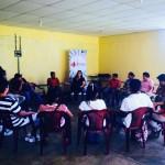 Thays apresentando o que é Vídeo Participativo para as Redes de Mazatenango Chicacao